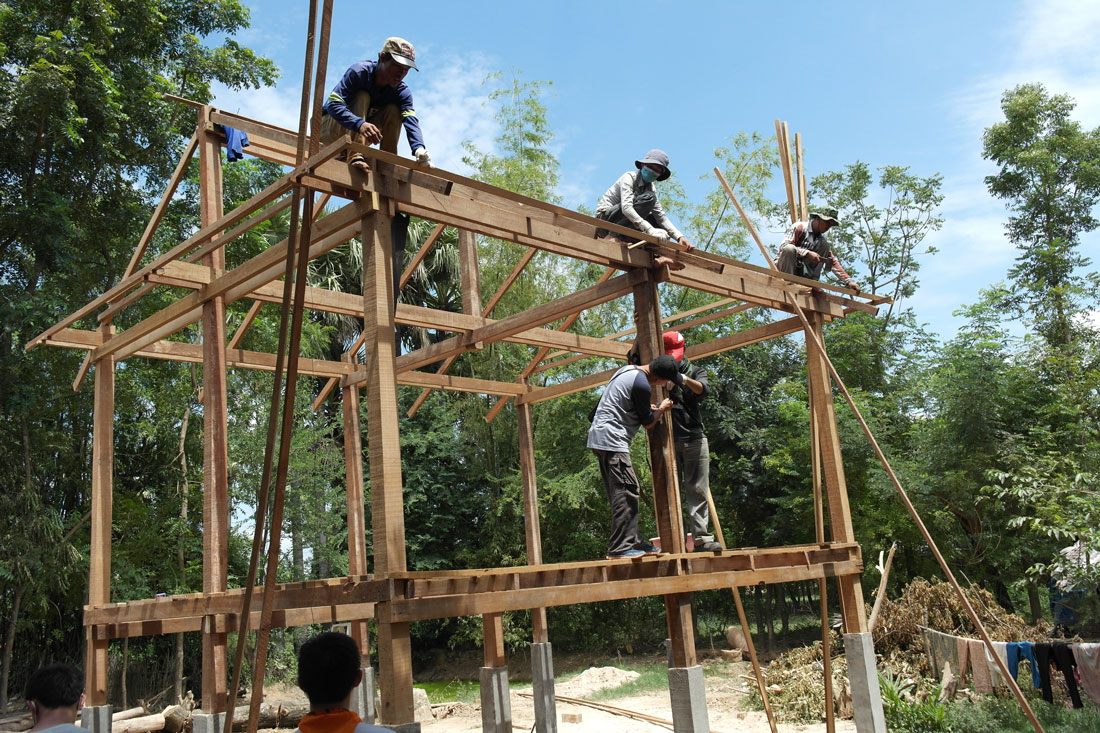 Cambodia-House-Building-2014